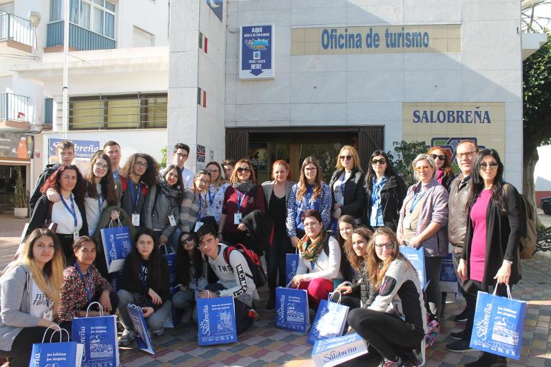 Los alumnos de erasmus del colegio ave mar a de varadero for Oficina turismo turquia